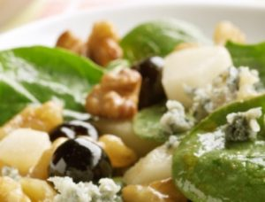 Pear, Grapes, Gorgonzola and Spinach