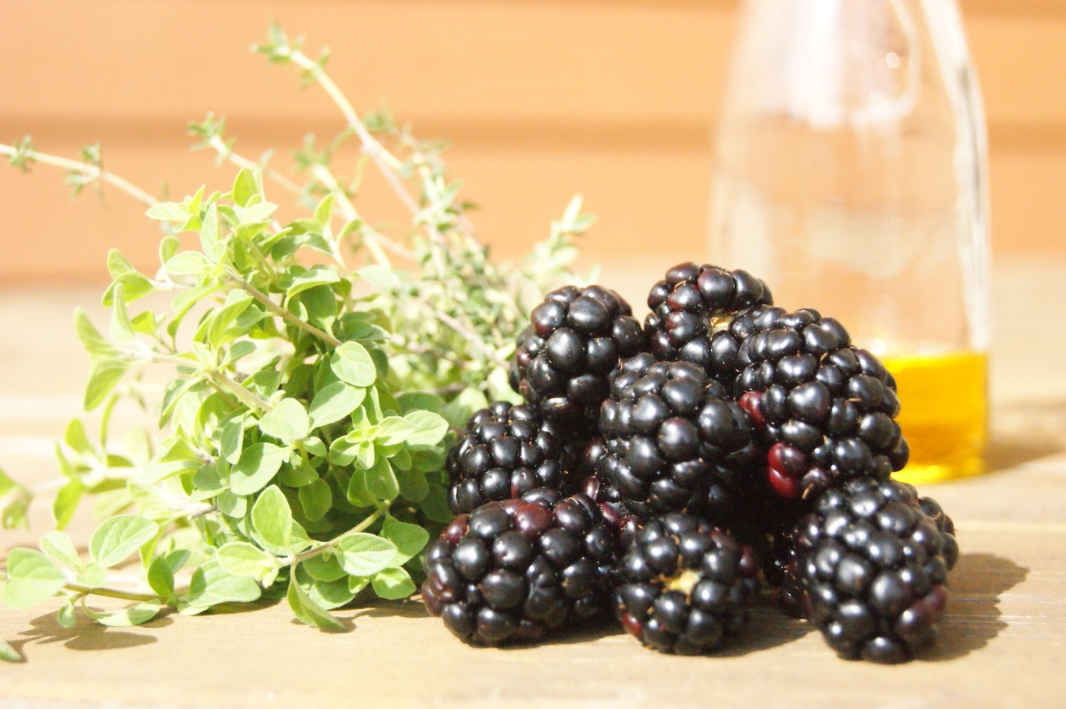 Vinaigrette de mûres et fines herbes / Blackberries and fresh herbs dressing